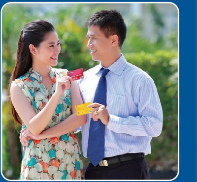 Hướng dẫn cách làm thẻ tín dụng Đông Á trực tuyến lấy ngay