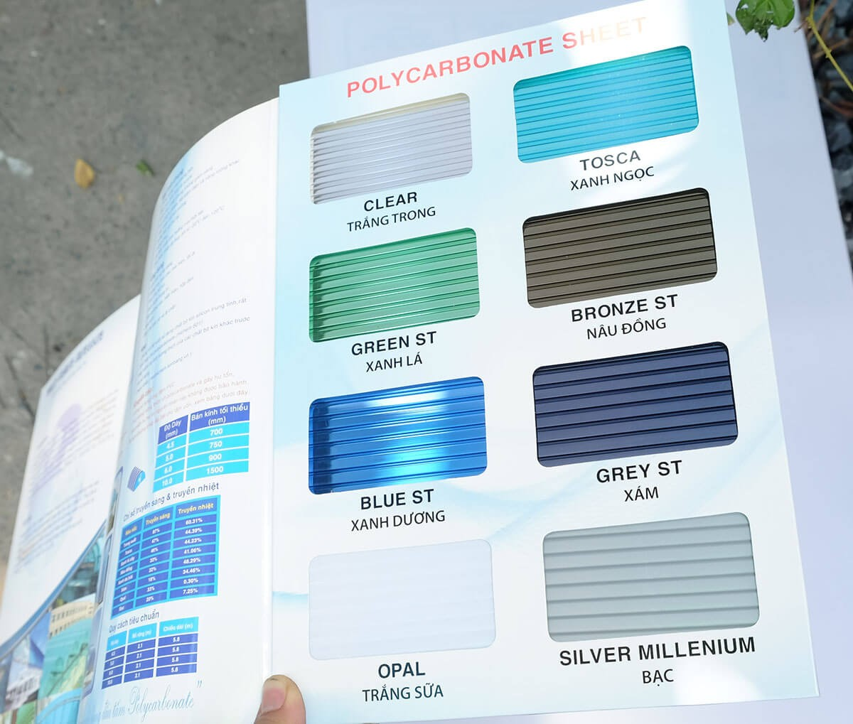 bảng màu tấm polycarbonate đặc