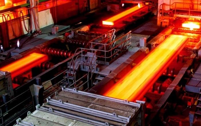 Than đá được đốt cháy giải phóng khí giúp làm giảm áp suất trong khuôn