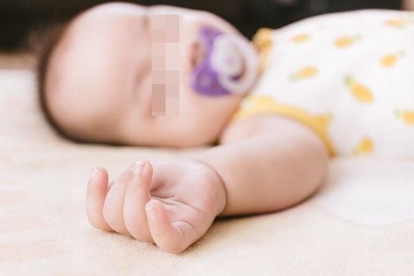 Băng phiến tiềm ẩn rất nhiều nguy cơ gây ảnh hưởng đến sức khỏe trẻ sơ sinh và trẻ nhỏ.