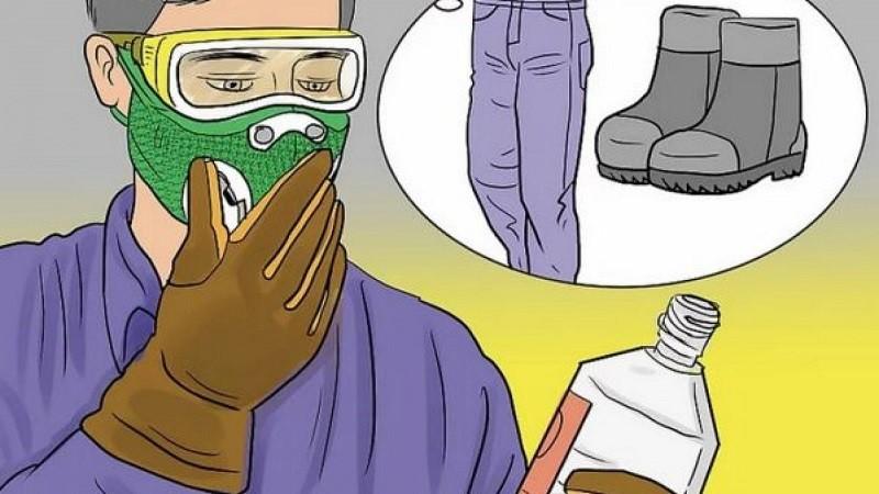 Khi sử dụng xút ăn da cần trang bị đầy đủ đồ bảo hộ