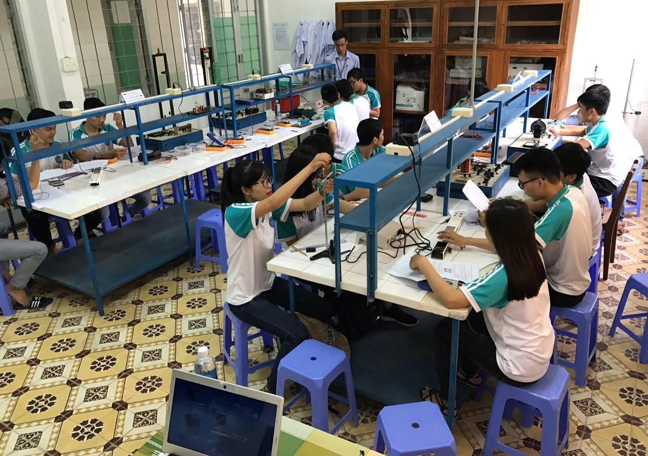 Phòng Lab tại các trường học