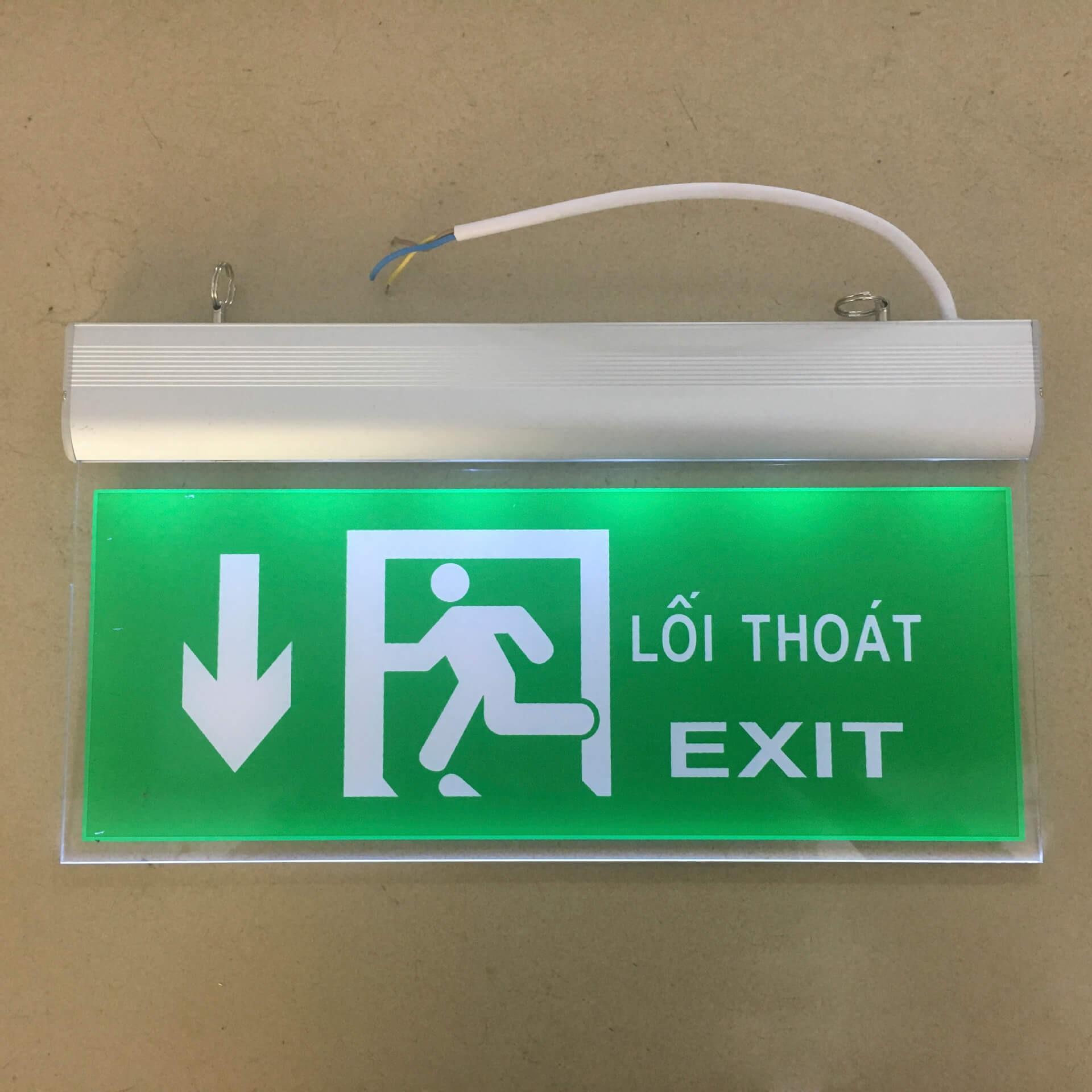 Có biển chỉ dẫn lối thoát hiểm nổi bật