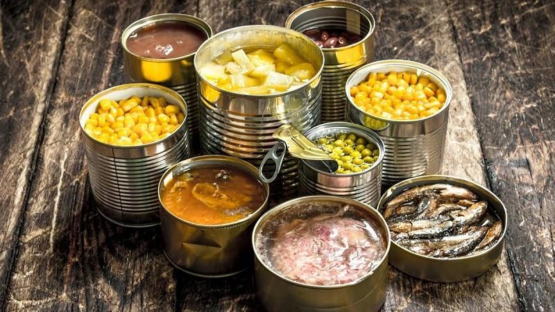 Xút được dùng trong chế biến bảo quản thực phẩm đóng hộp