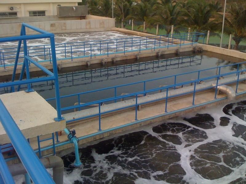 Ứng dụng xút tẩy rửa NaOH trong xử lý nước