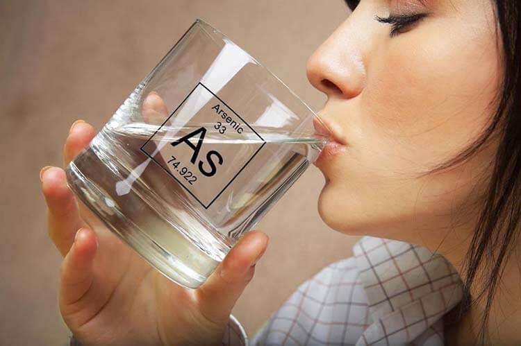 Nước uống là một trong những nguồn chính gây nhiễm asen nguy hại cho cơ thể