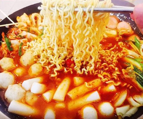 buffet-lau-tokbokki-tphcm-10