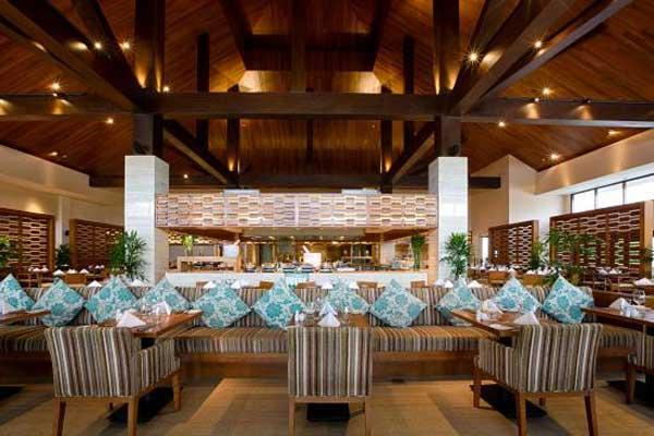 nha-hang-buffet-hai-san-pull-man-da-nang-beach-resort