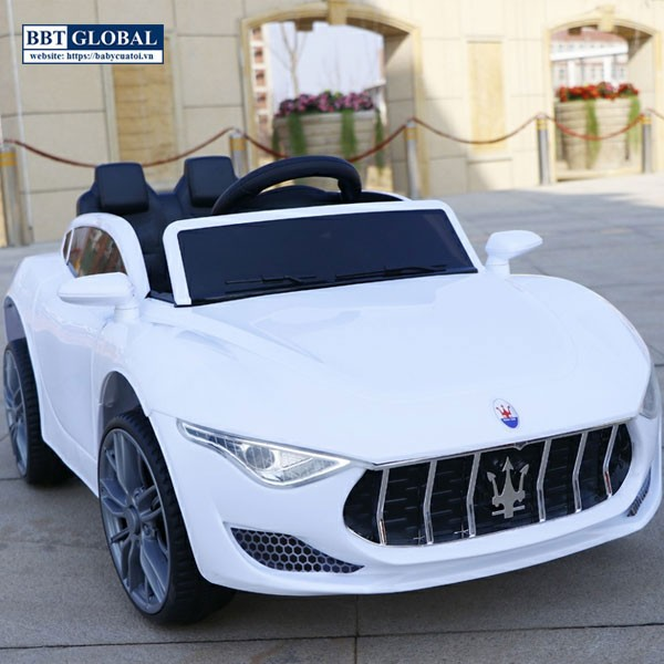 Xe oto điện trẻ em Maserati màu trắng BBT-5599T
