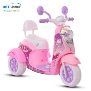 bbt-600-xe-may-dien-tre-em-bbt-global-vespa-hello-kitty