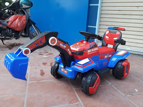 Xe ô tô máy cẩu trẻ em