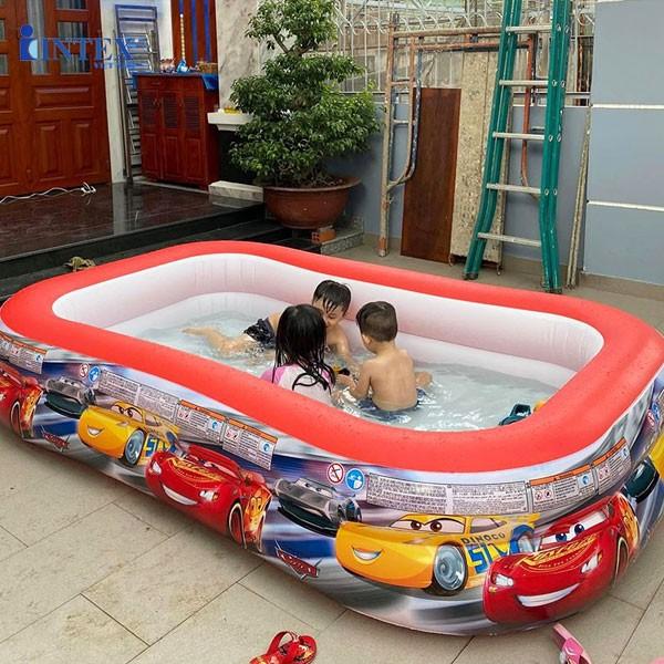 lợi ích của bể bơi phao cho bé