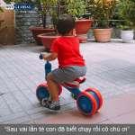 Xe chòi chân cho bé khung kim loại Q4