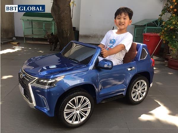 Xe ô tô điện trẻ em Lexus LX570 | Màu xanh bóng