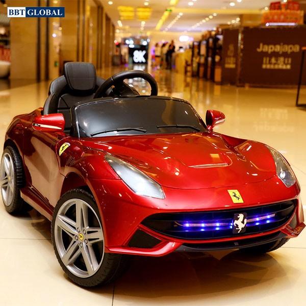 Xe ô tô điện trẻ em Ferrari BBT-6886