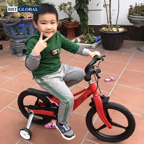 Xe đạp trẻ em BBT Global khung siêu nhẹ size 16 inch BB66-16