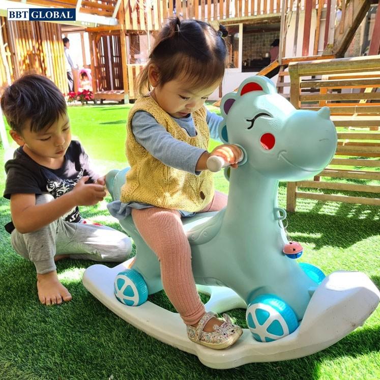 Ngựa chòi chân kết hợp bập bênh có nhạc cho bé RK-511
