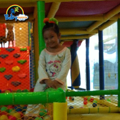 đồ chơi cho bé Dương Ngọc Vân Anh 4