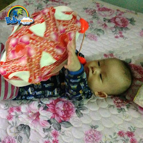 đồ chơi cho bé Nguyễn Hoàng Nam 1