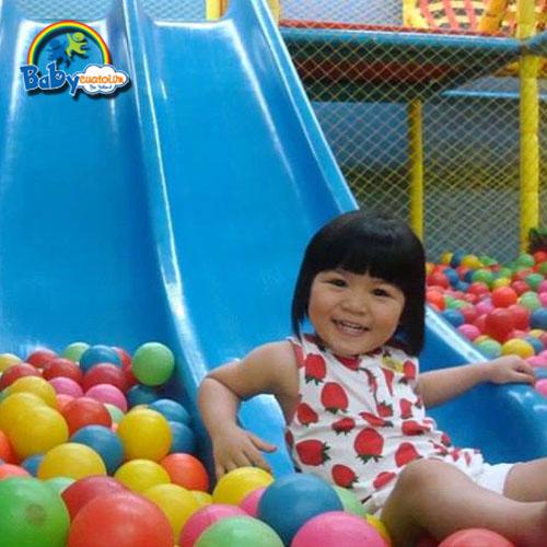 đồ chơi cho bé Nguyễn Ngọc Bảo Uyên