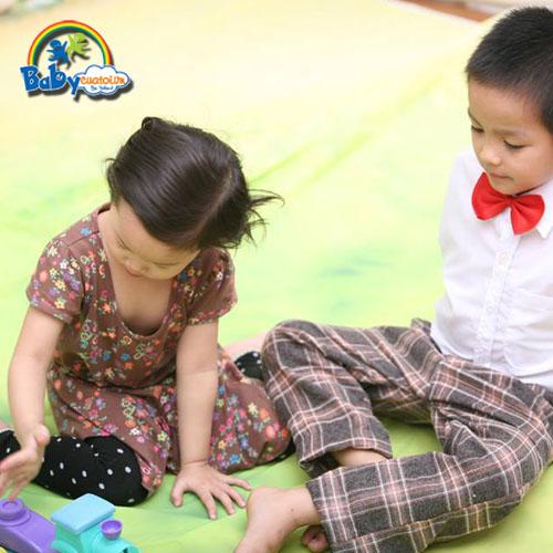 đồ chơi cho bé Phan Bảo Kiên