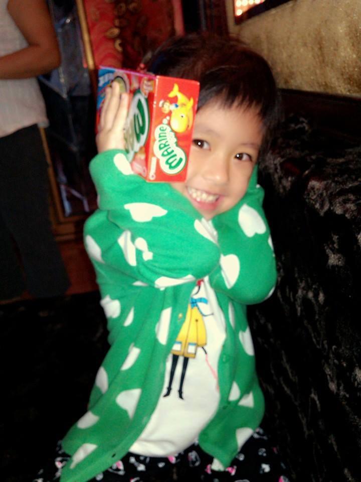 đồ chơi cho bé Dương Bảo Yến 4