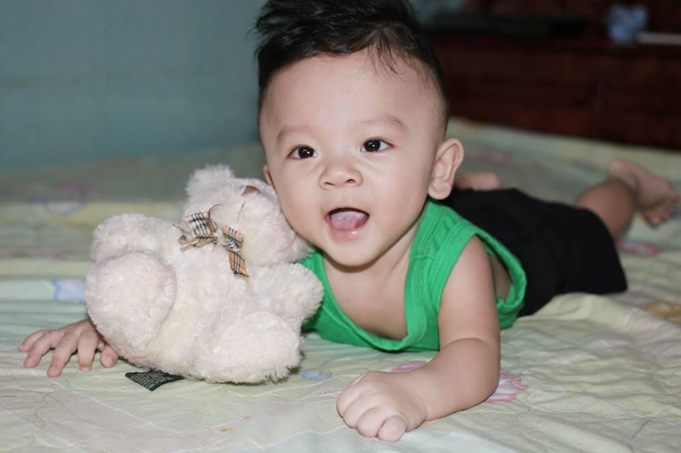 đồ chơi cho bé  Huỳnh Nguyễn Bảo Nam 2