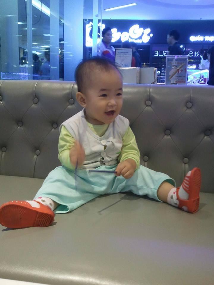 đồ chơi cho bé Nguyễn Hà Linh 1