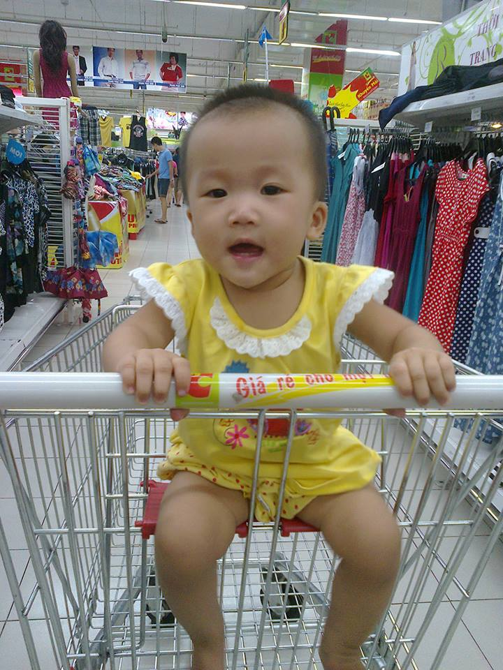 đồ chơi cho bé Trần Phương Ly