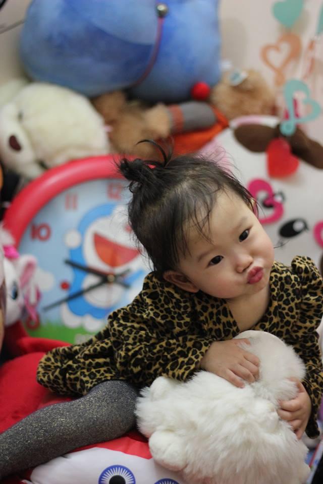 đồ chơi cho bé Đoàn Linh Anh 3