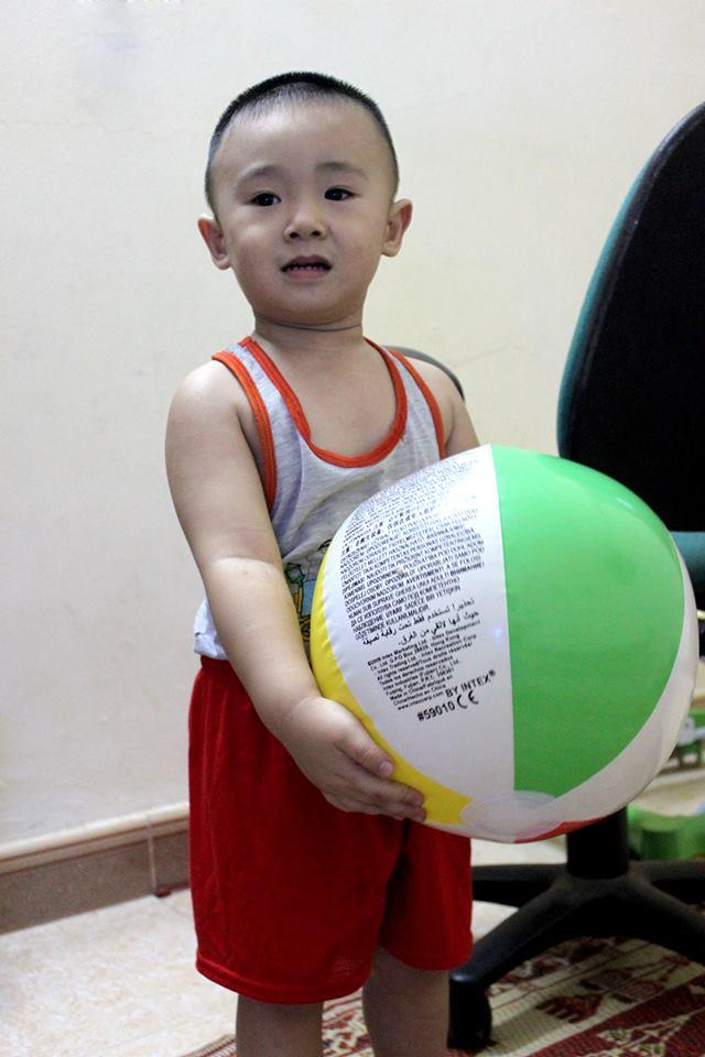 đồ chơi cho bé Nguyễn Mạnh Hải 3