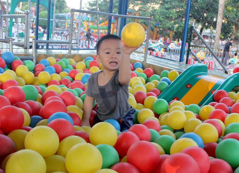 đồ chơi cho bé Nguyễn Mạnh Hải 5
