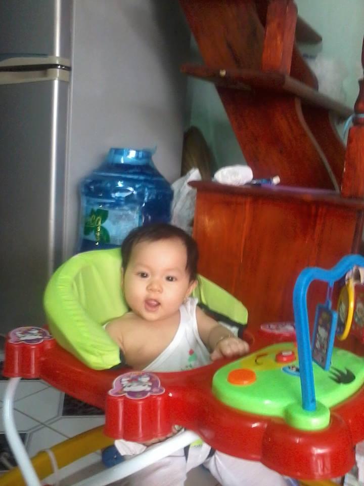 đồ chơi cho bé Trịnh Khả Hân