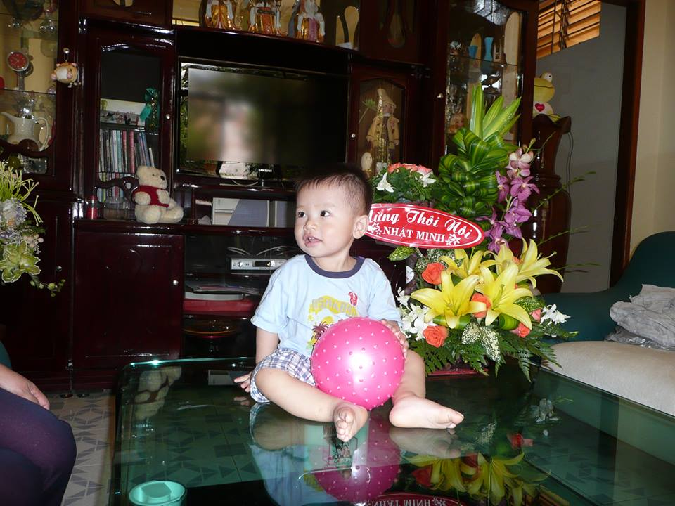 đồ chơi cho bé Phạm Vũ Nhật Minh 2