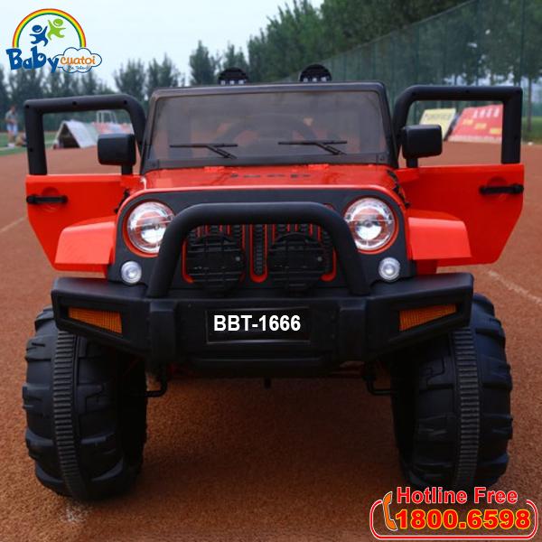 Xe ô tô điện trẻ em địa hình BBT-1666 màu đỏ