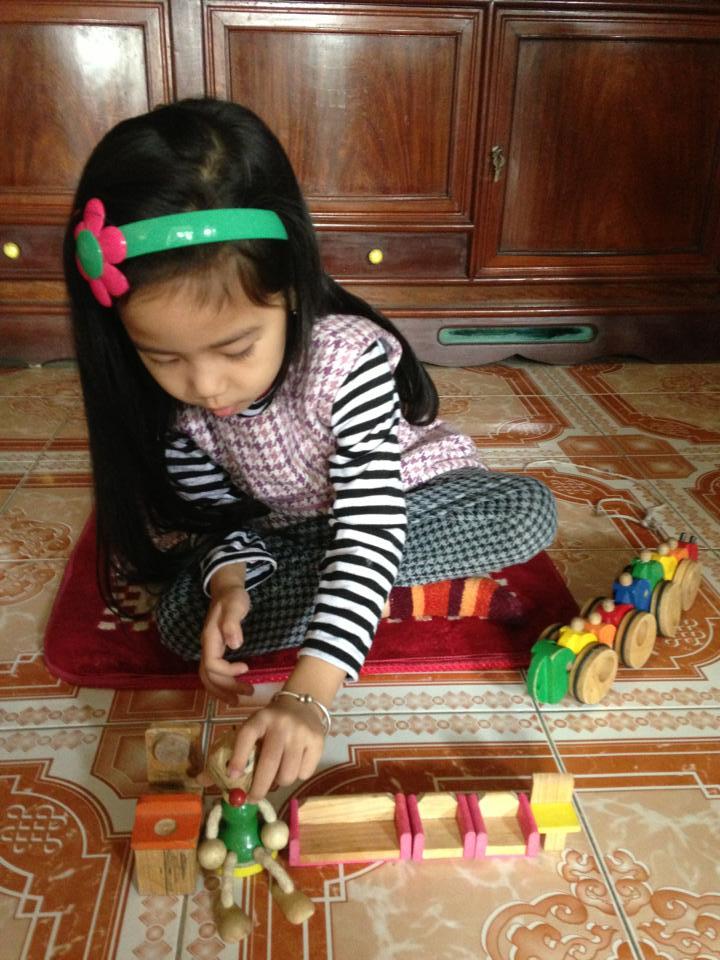 đồ chơi cho bé Nguyễn Thu Hiền