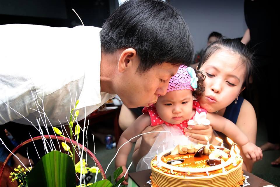 đồ chơi cho bé Nguyễn Trần Bảo Vi 4