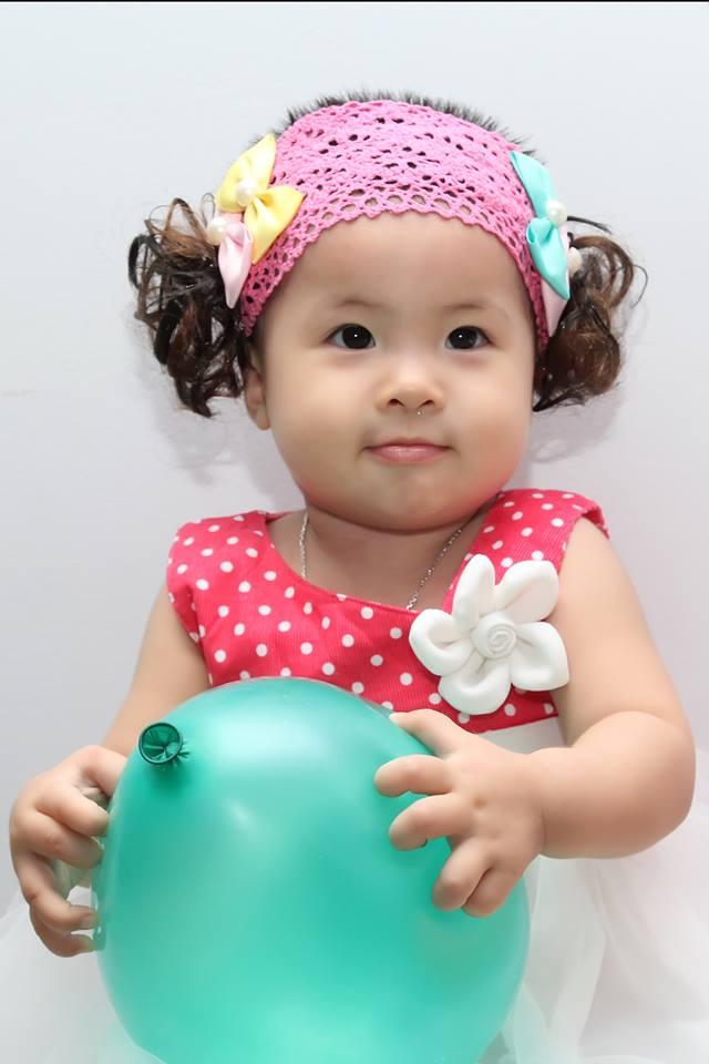đồ chơi cho bé Nguyễn Trần Bảo Vi 6