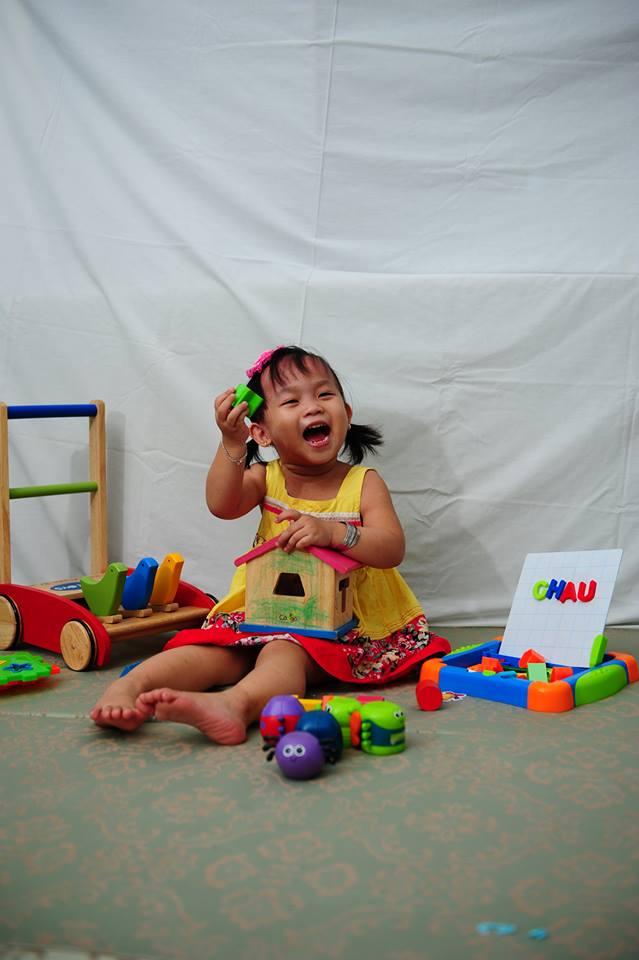 đồ chơi cho bé Nguyễn Bảo Châu 1