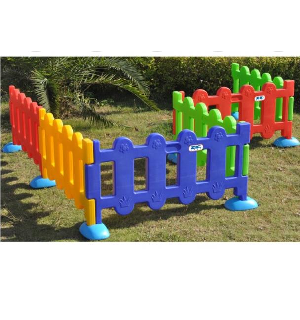 Cạnh hàng rào nhựa 100*53cm ZK022-1