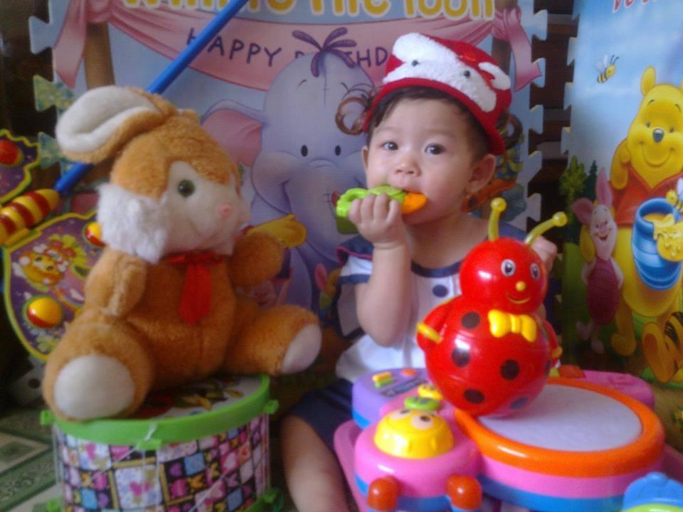 đồ chơi cho bé Lê Gia Hân 5