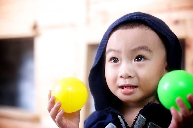 đồ chơi cho bé Diệp Chánh Hào 1