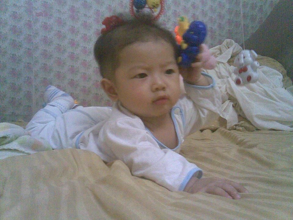 đồ chơi cho bé Kiều Linh Mi 3