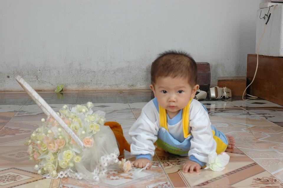 đồ chơi cho bé Kiều Linh Mi 5