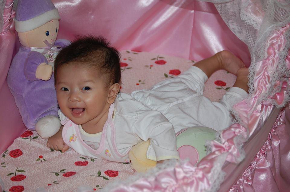 đồ chơi cho bé Kiều Linh Mi