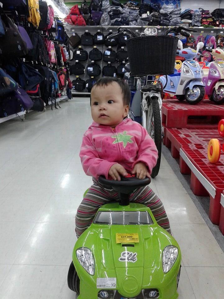Đồ chơi của bé Nguyễn Bảo Hân 8