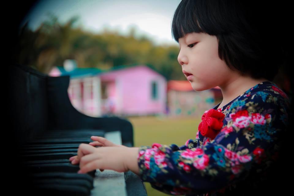 đồ chơi cho bé Nguyễn Khánh Linh 3
