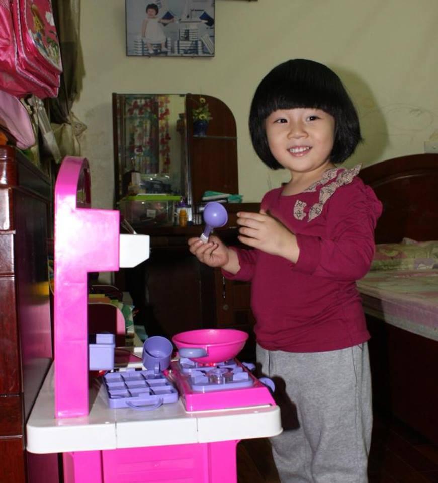 đồ chơi cho bé Nguyễn Khánh Linh