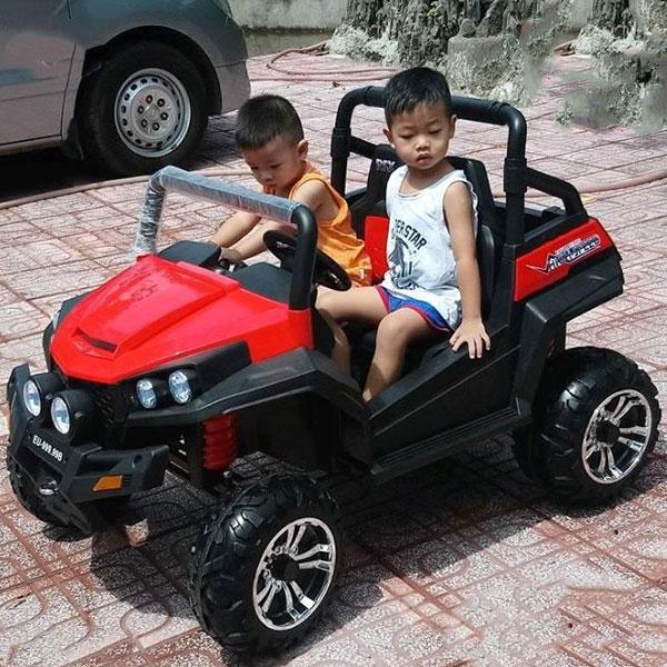 Ô tô điện trẻ em là món đồ chơi trẻ em cho bé gái 1 tuổi, đồ chơi cho bé trai 1 tuổi tuyệt vời nhất 2019 luôn