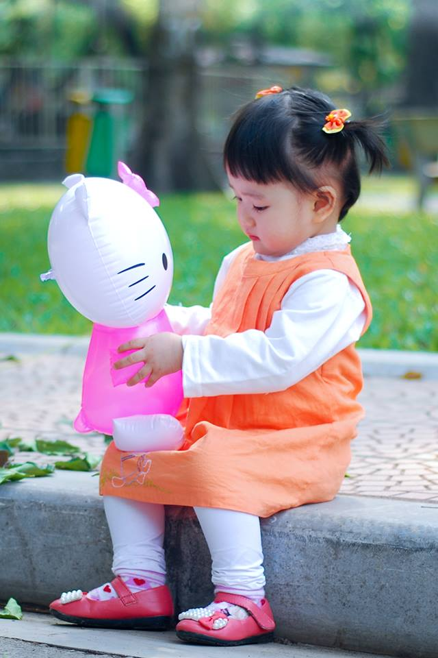 đồ chơi cho bé Đỗ Nguyễn Khánh Thy 2